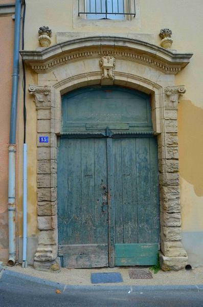 Détail de la porte d'accès