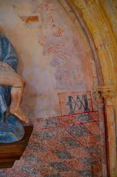 Détail des peintures murales de la nef