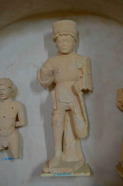 Statuette : saint Maurice, vue générale