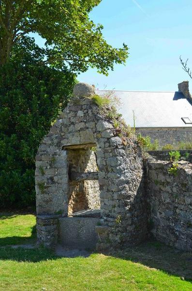 Puits situé dans l'enceinte du château