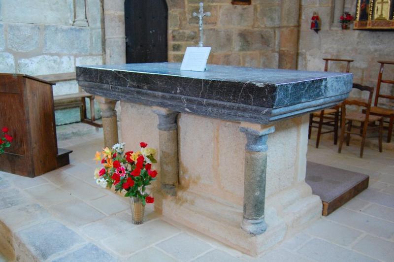 autel maçonné (ensemble de 2 autels), vue générale