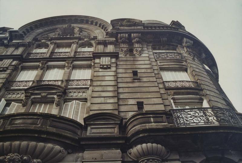 """Hôtel """"Le Sarciron"""""""