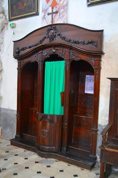 4 confessionnaux