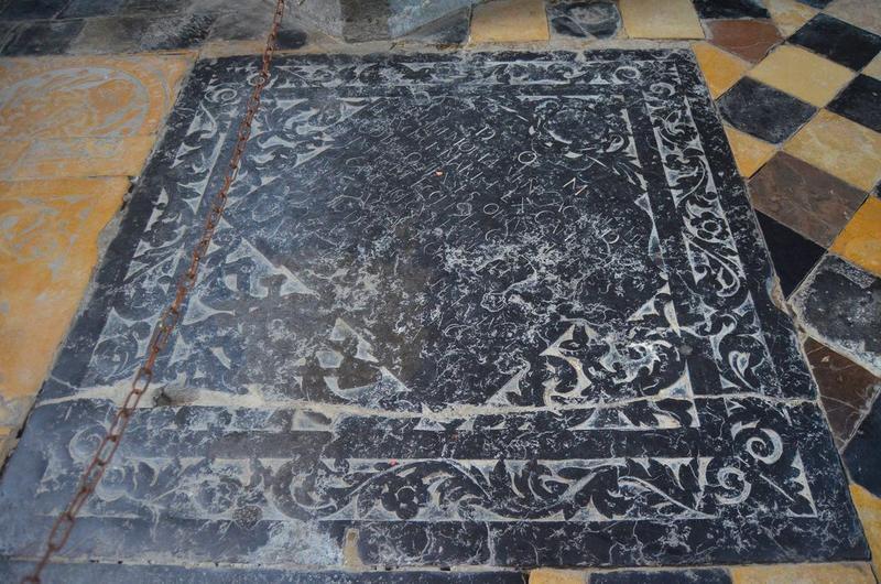 dalle funéraire de François Martel, vue générale