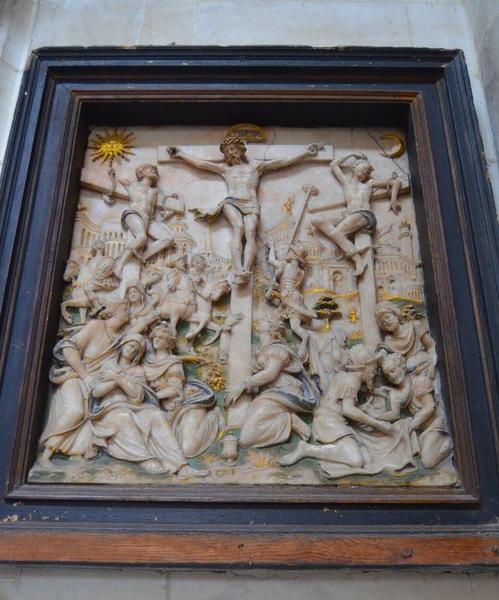 bas-relief : Crucifixion, vue générale