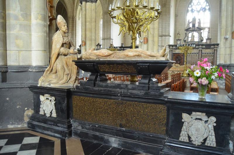 tombeau (gisant) d'Eustache de Croy, vue générale