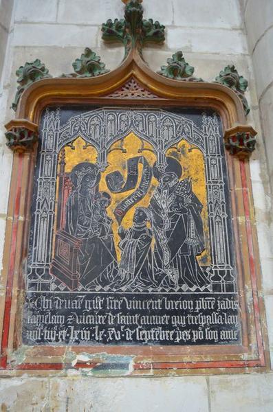 monument funéraire de Vincent Brejon : Vierge à l'Enfant assise le donateur et saint Nicaise, vue générale