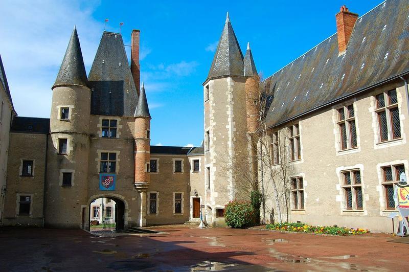 cour intérieure, façades sud et ouest, vue générale