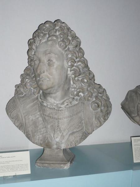 Buste de Sébastien Leprestre de Vauban, vue générale