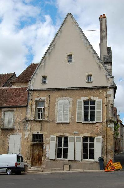"""Maison dite """" maison Clément """""""