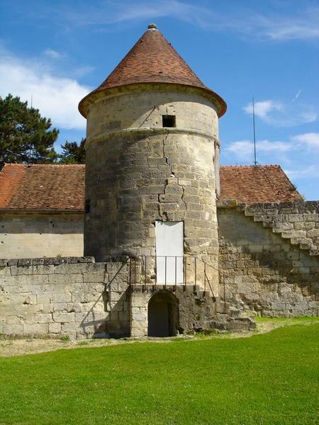 Ancienne tour est de l'enclos abbatial