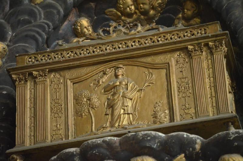 Bas-relief: reliquaire, vue partielle