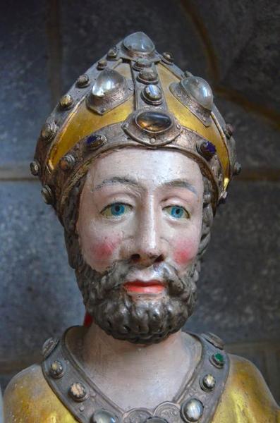 statue : saint Blaise