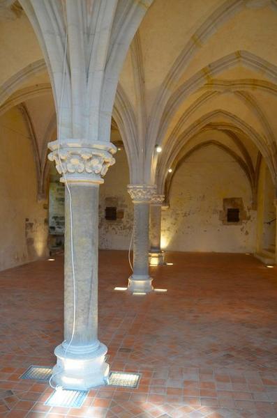 Salle du rez-de-chaussée, au nord du cellier, vue générale