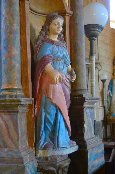 Statue: sainte Catherine