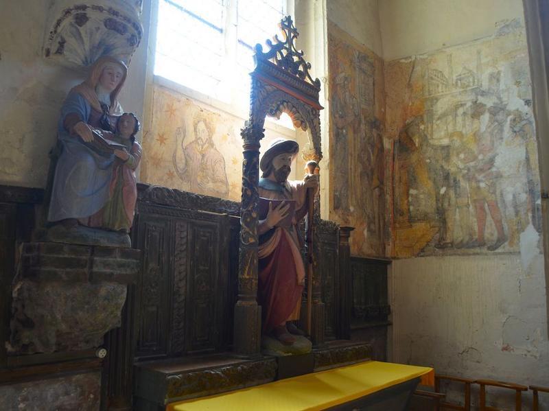 Statue: saint Jacques; groupe sculpté: Education de la Vierge (l'), vue générale