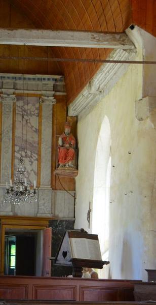 Statue: saint Pierre, vue générale