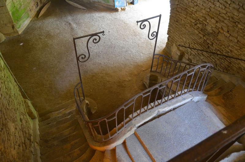 Haut fourneau, grand escalier, vue partielle