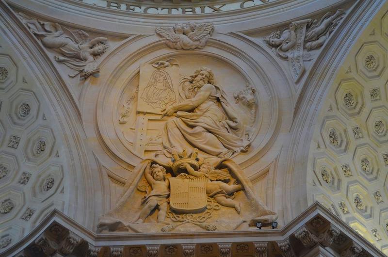 Église, choeur, détail, bas-relief: saint Luc
