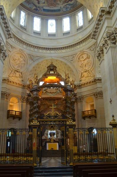 Église, vue générale du choeur