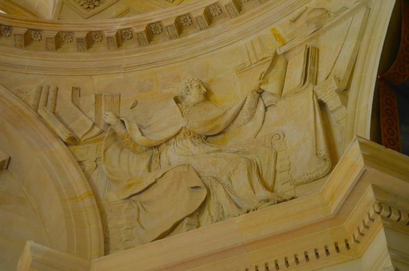 Sacristie, détail: bas-relief