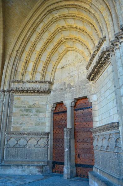 Façade occidentale, portail nord, vue générale
