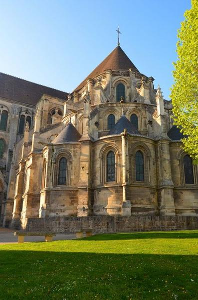 Ancienne cathédrale (église Notre-Dame) et ses annexes