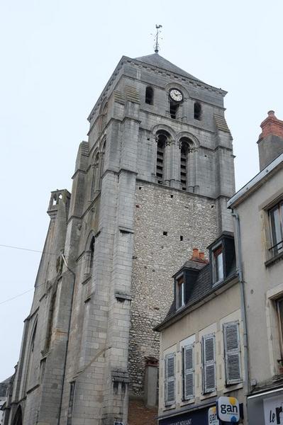 Eglise Saint-Jacques (ancienne collégiale Saint-Laurent)