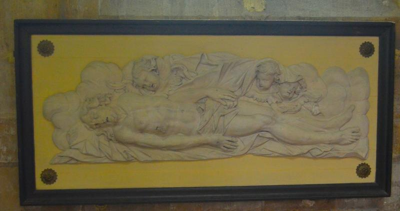 Bas-relief : le Christ mort