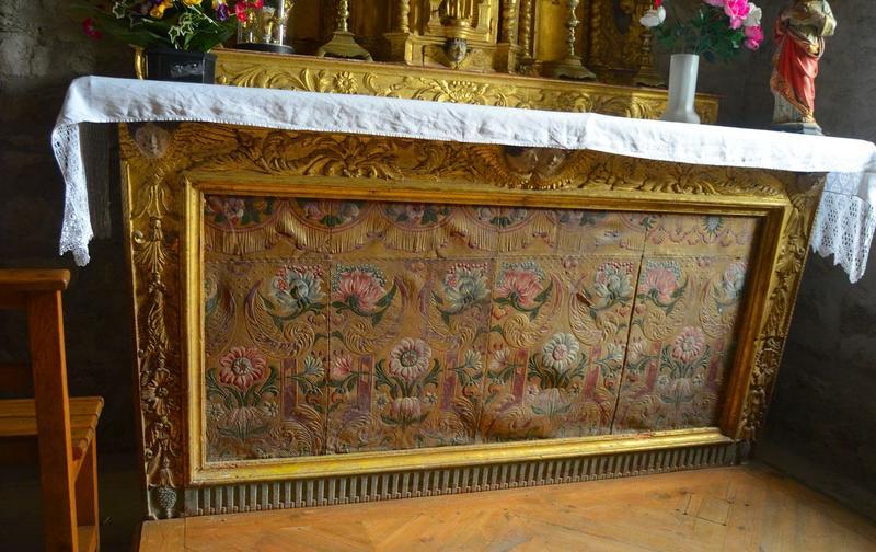 Antependium du maître-autel.