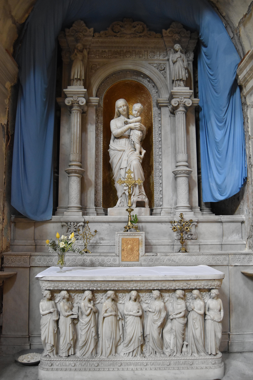 autel et retable de la Vierge, avec statue : Vierge à l'Enfant