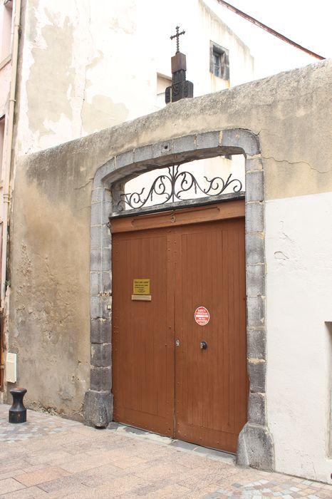 porche d'accès sur rue, vue générale