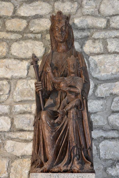 statue : Vierge à l'Enfant assise, vue générale