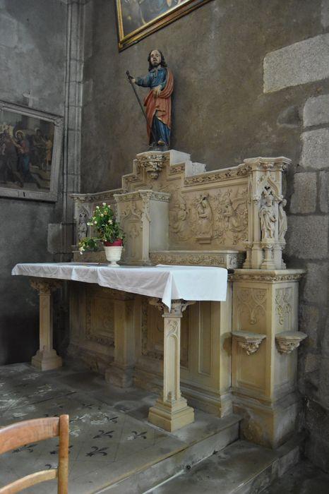 Autel de la Vierge, retable, statue : Sainte Vierge et deux bas-reliefs : Annonciation et Couronnement de la Vierge