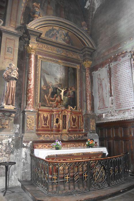 Autel, gradin d'autel, tabernacle et tableau : Portement de Croix