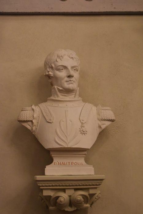 buste : Général D'Hautpoul Sallettes, vue générale