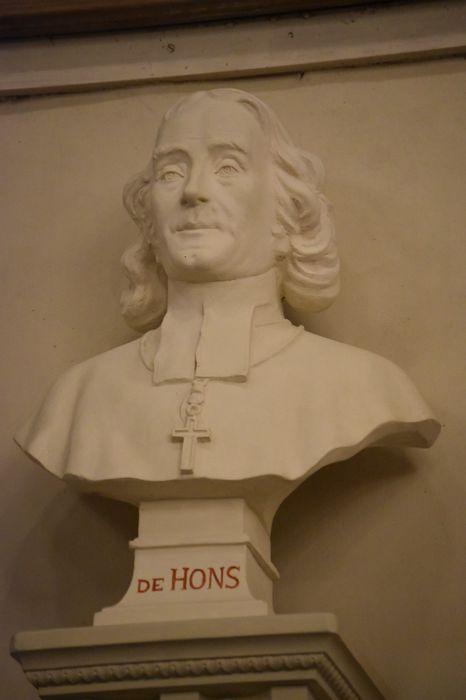 Buste : Monseigneur de Seguin de Hons