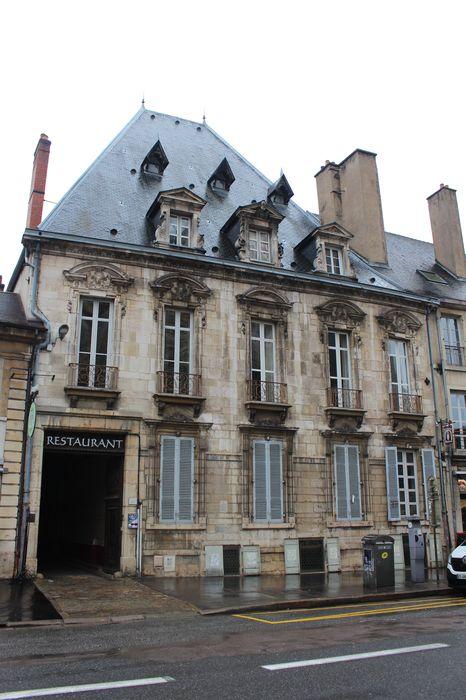 Hôtel Perreney de Baleure: Façade sur rue, vue générale
