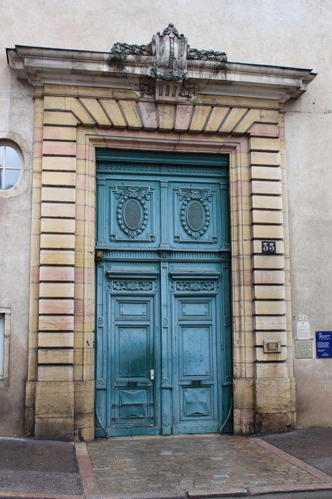 Hôtel Coeurderoy (ancien): Portail d'accès sur rue, vue générale
