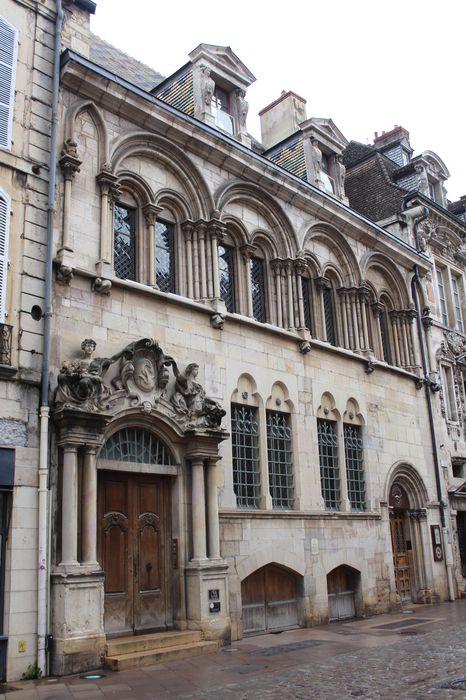 Hôtel Aubriot: façade sur rue, vue générale