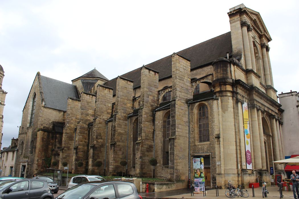 Eglise Saint-Etienne (ancienne): Façade latérale nord, vue générale