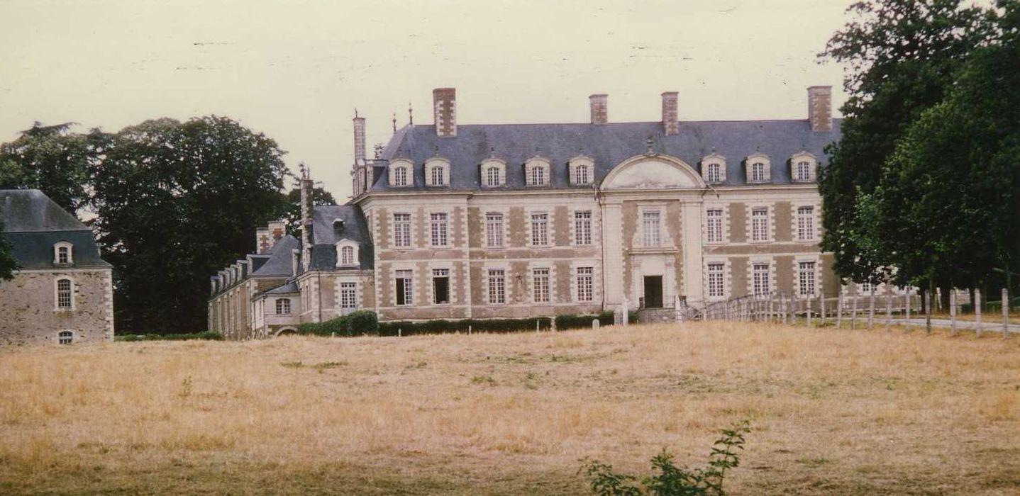 Château de Magnanne: Ensemble est, vue générale