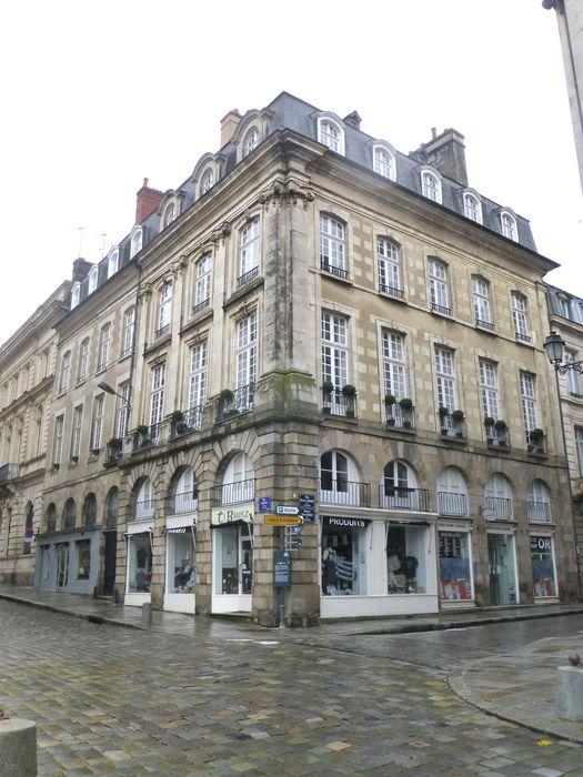 Immeuble: Façades sur rue, vue générale