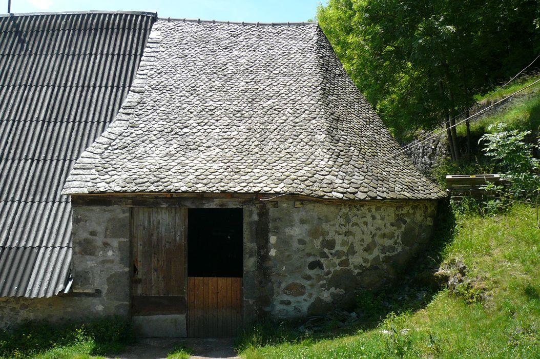 Domaine du Martinet: Appentis dit «védelat», vue générale