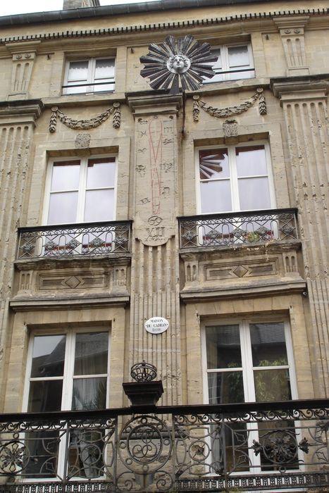 Immeuble dit Hôtel du Cadran: Façade sur rue, vue partielle