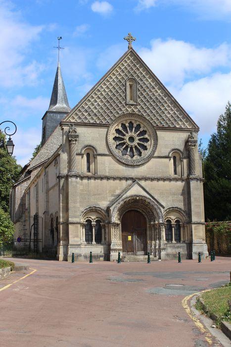 Eglise Sainte-Marie-Madeleine: Façade occidentale, vue générale