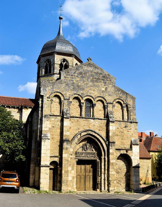Eglise Saint-Martin: Façade occidentale, vue générale