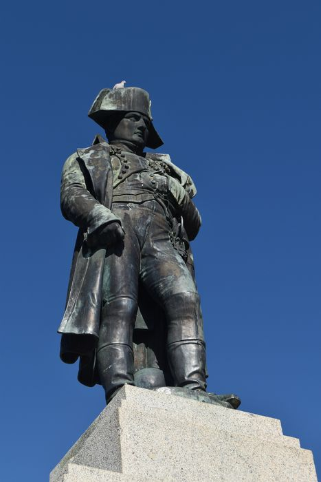 statue: Napoléon 1er: Vue générale