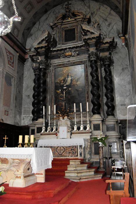 Autel, retable (maître-autel)