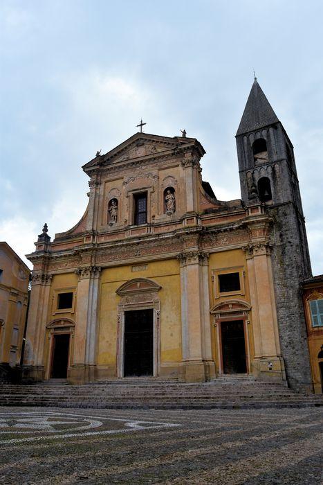 Eglise Saint-Michel: Façade est, vue générale